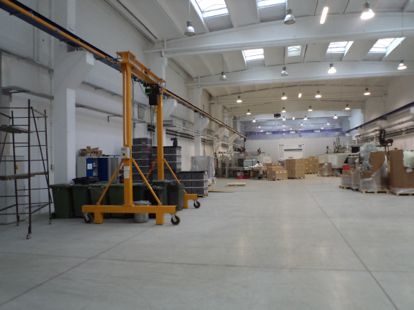 Industrial Ceiling Cleaning : Commercial clean ceiling